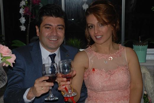 Ebru ve Gürhan evliliğe ilk adımlarını attı