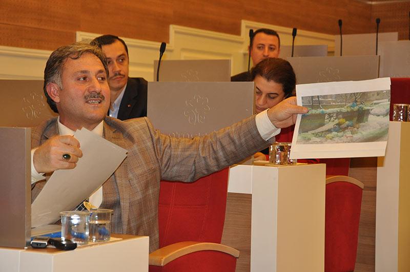Ataşehir Belediyesi yeni bir borç yükünün altına girdi