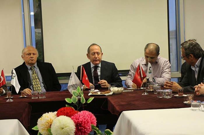 Hamzaçebi Beykoz'da konuştu: 'Partili cumhurbaşkanlığı doğru değil'