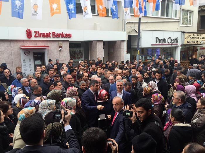 Mustafa Ataş Şile İlçe Teşkilatını ziyaret etti