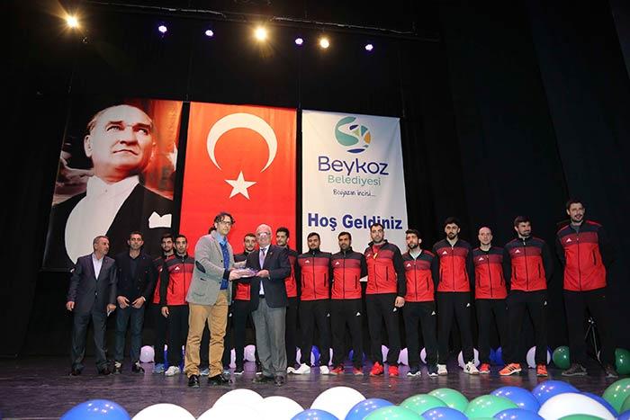 Beykoz Kent Konseyi ve BİSK'ten Spor Ödülleri Gecesi