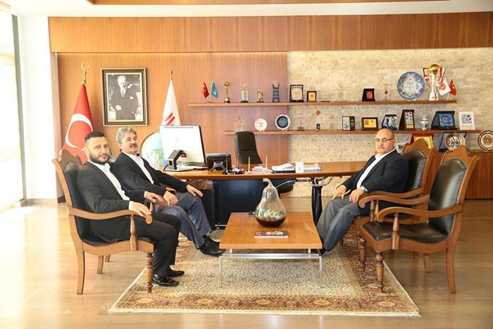 MHP Ümraniye İlçe Başkanı Adnan Çakır, Başkan Hasan Can'ı ziyaret etti