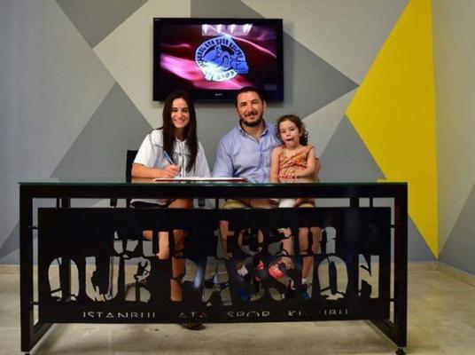Ata Spor Kulübü, 'Kadın basket takımı' ilegözünü zirveye dikti