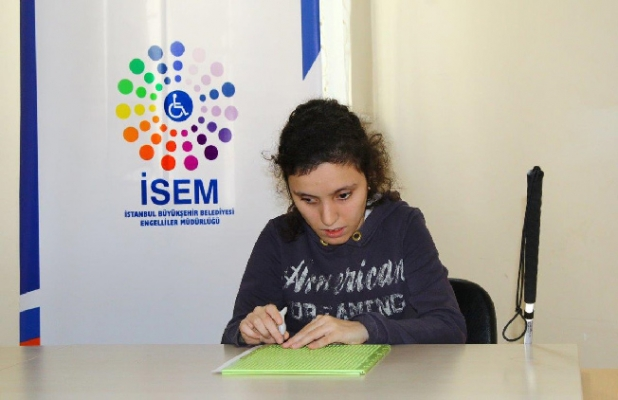 İBB'den engelli memur adaylarına büyük destek