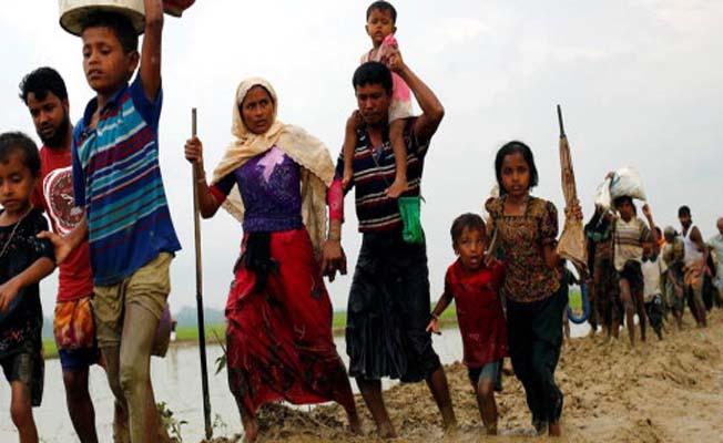 Bangladeş'e sığınan Müslüman mültecilerin sayısı 436 bin kişiye ulaştı