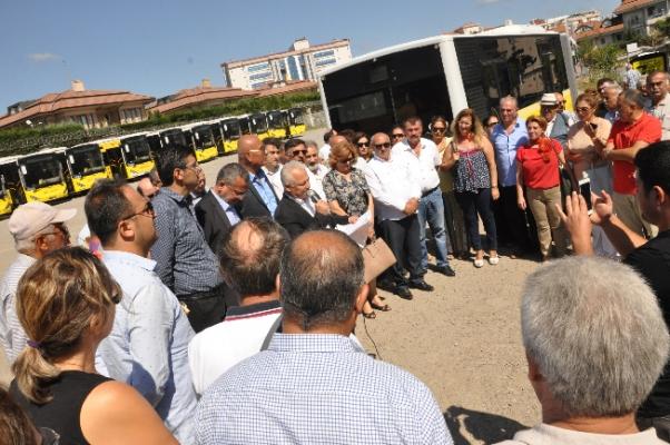 CHP Çekmeköy imar değişikliğine karşıbasın açıklaması yaptı
