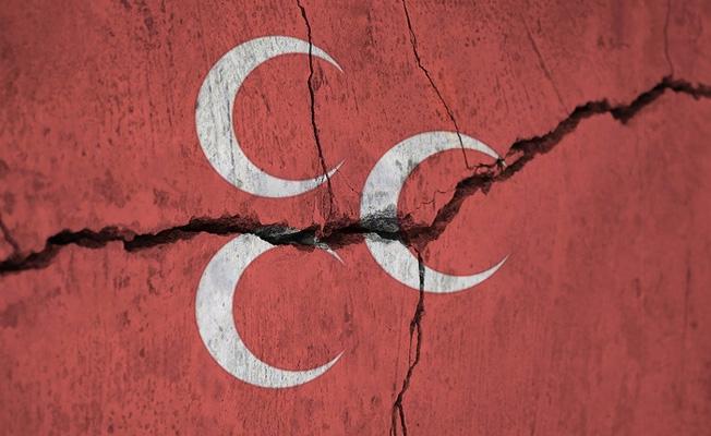 MHP toplu istifalarla sarsılmaya devam ediyor