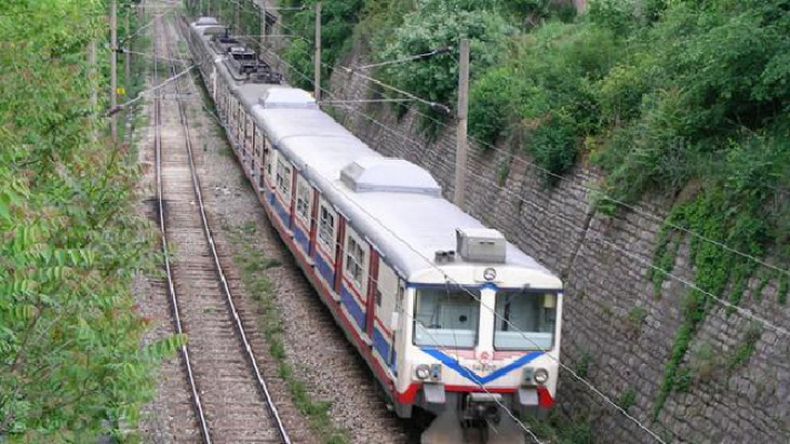 Eski banliyö hattı, metro standartlarında geri dönüyor