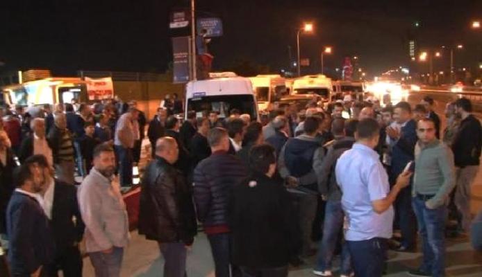 Servisçiler Kartal'da eylem yaptı