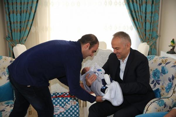 Ahmet Poyraz'dan 'hoş geldin' ziyaretleri