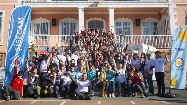 Şişecam Gönüllüleri'nden Çocuk Hakları Şenliği