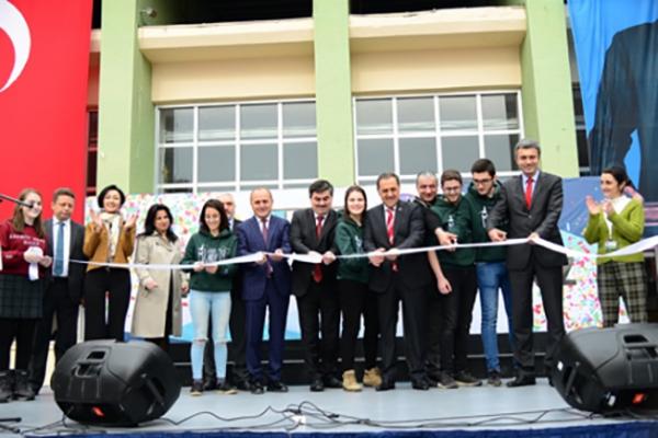 Kadıköy Anadolu Lisesi öğrencilerinin pansiyonu açıldı