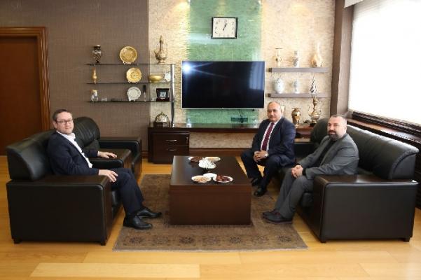Başkan Hasan Can'dan Başakşehir Belediye BaşkanıYasin Kartoğlu'na ziyaret