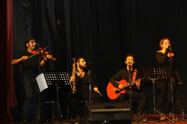 Kartal'ın Sokak Müzisyenleri Aynı Sahnede Buluştu