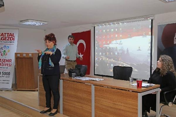 """Ataşehir'de """"Çocuk İstismarı"""" Konulu Seminer Verildi"""