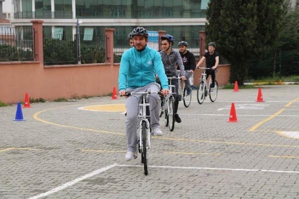 Bisiklet hareketi için önemli adım