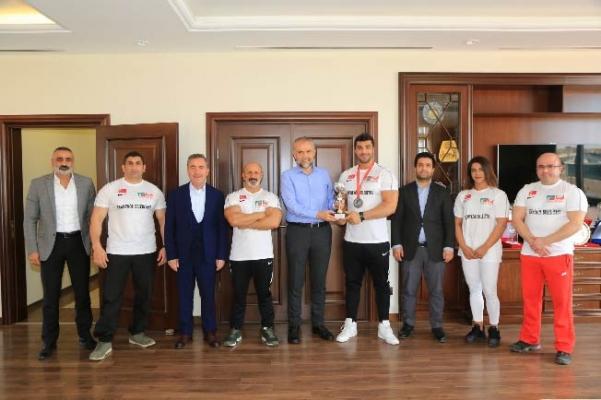 Çekmeköy Belediyesi Sponsorluğunda Türkiye'yi Avrupa'da Temsil Edecekler
