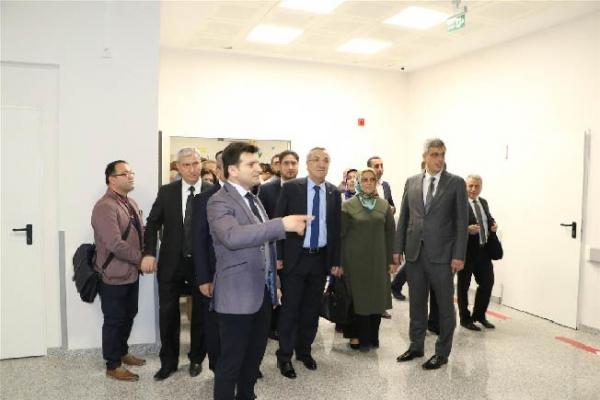 Şehit Prof. Dr. İlhan Varank Sancaktepe Eğitim ve Araştırma Hastanesi Çocuk Acil Servisi Hizmete Açıldı