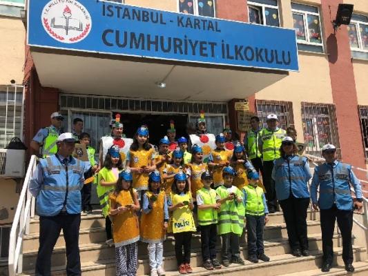 Cumhuriyet İlköğretim Okulu'ndan Kartal Zabıtasına Teşekkür