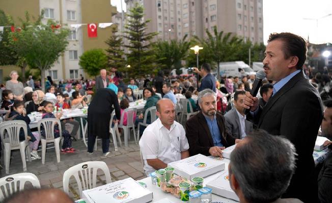 KİPTAŞ 2. Etap Konutları'nda 6.500 kişilik sokak iftarı düzenlendi