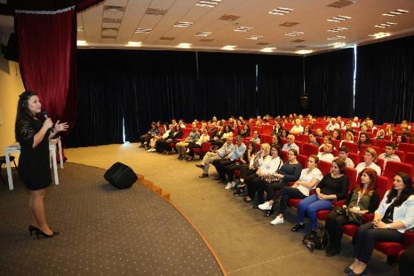 """Belediye personeline """"Toplumsal Cinsiyet Eşitliği"""" semineri"""
