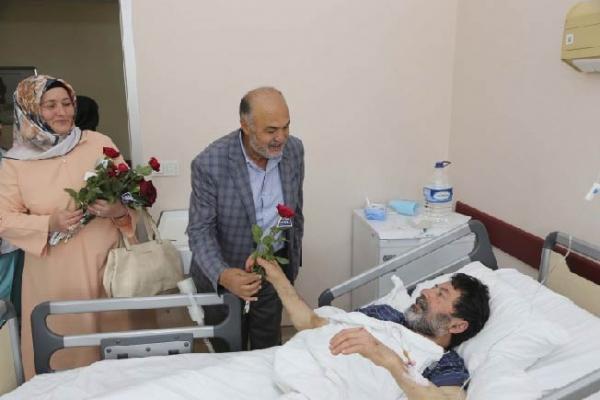 Ramazan Ayı'nda hastalara sevgi ziyareti