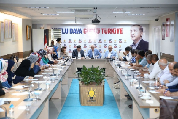 Ak Parti Genel Başkan Yardımcıları Ümraniye'de