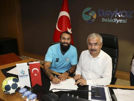 Beykoz Belediyesi Hentbol Takımı yeni sezon imzalarını attı