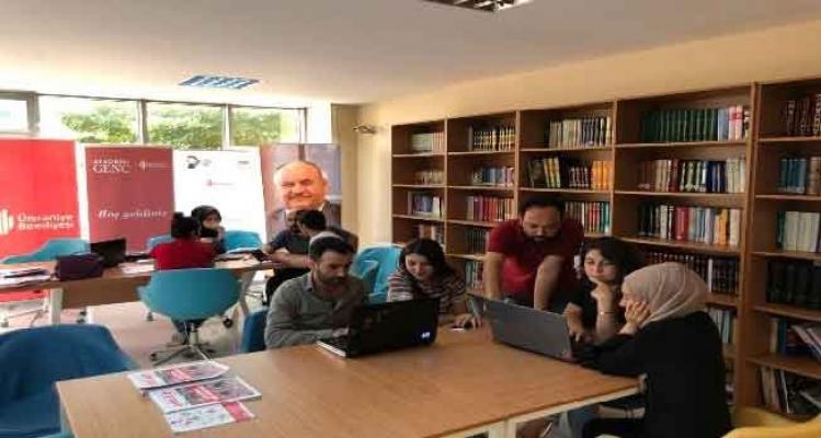 Gençler geleceklerine Ümraniye Belediyesi'yle yön veriyor