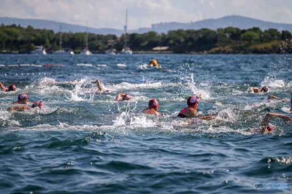 Uluslararası Arena Aquamasters Yüzme Şampiyonası İstanbul ile buluştu…
