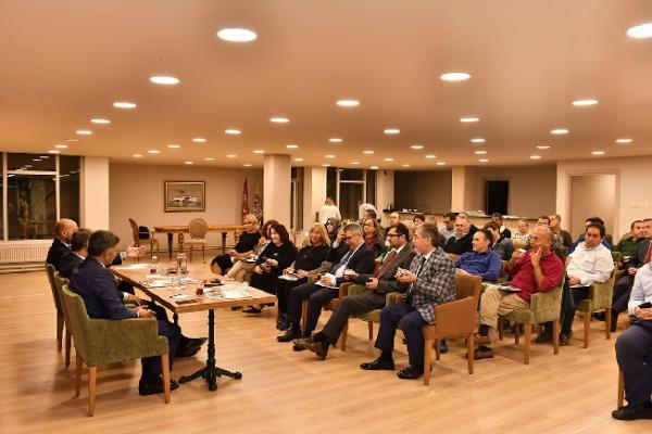 Başkan Hilmi Türkmen Site Sakinleri İle Buluştu