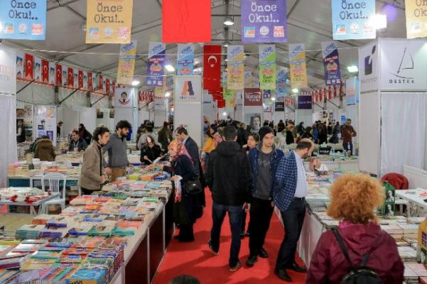 Anadolu yakasının en büyük kitap fuarıÇekmeköy'deaçıldı