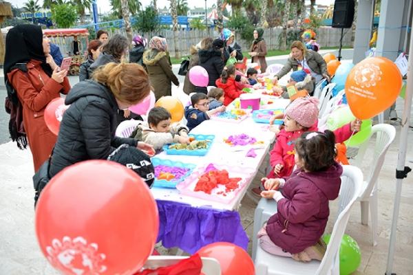 Tuzlalı çocuklar, Dünya Çocuk Hakları Günü'nü kutladı