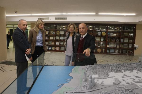 ABD İstanbul Başkonsolosluğu'ndan Altınok Öz'e Ziyaret