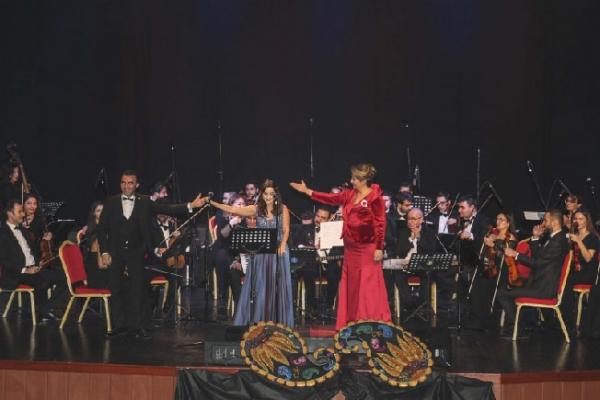 Azerbaycan ve Türk Dostluğu ezgilerle dile geldi