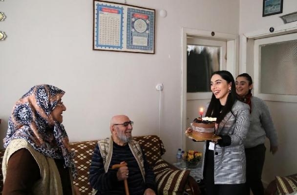 Ataşehir Belediyesi Doğum Günlerini Unutmuyor