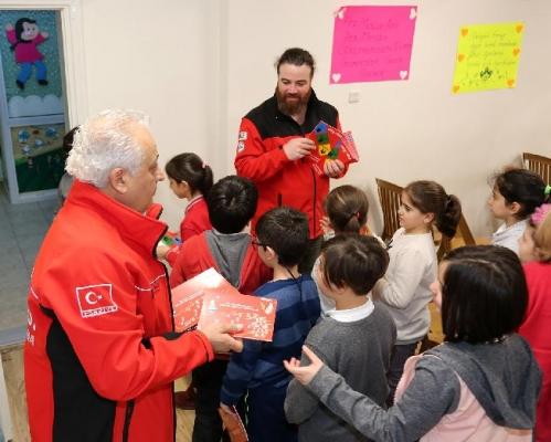 Ataşehir'deki Okullarda 7 YıldırDeprem Bilinçlendirme Eğitimleri Veriliyor