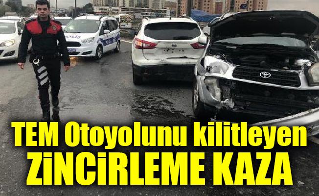 Ataşehir TEM Otoyolunu kilitleyen zincirleme kaza