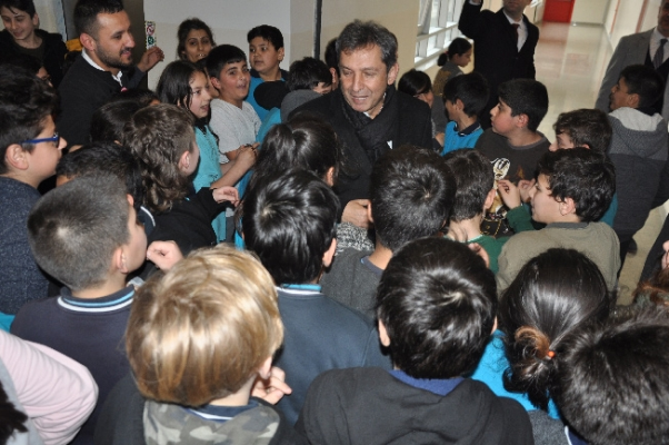 Sipahi'den okul ziyareti