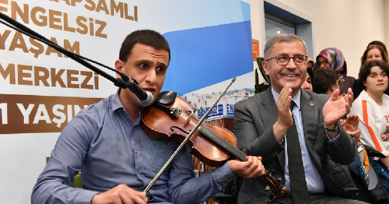 Türkiye'nin En Kapsamlı Engelsiz Yaşam Merkezi 1 Yaşında