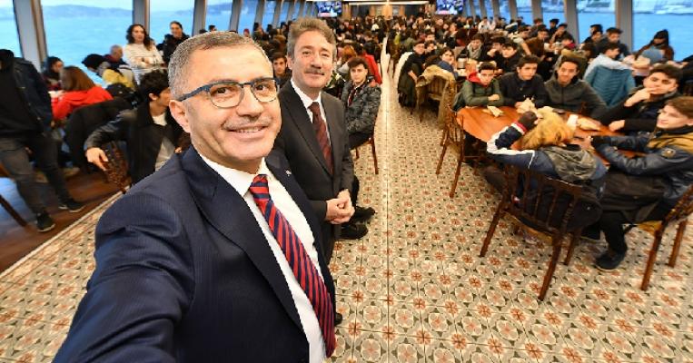 Bağlarbaşı Pazarlama ve Perakende Mesleki Ve Teknik Anadolu Lisesi Valide Sultan Gemisi'nde