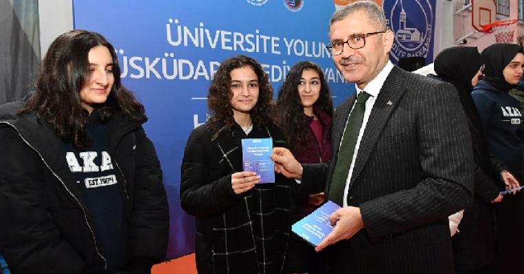 Online Soru Bankası İle Öğrenciler Üniversite Yolunda