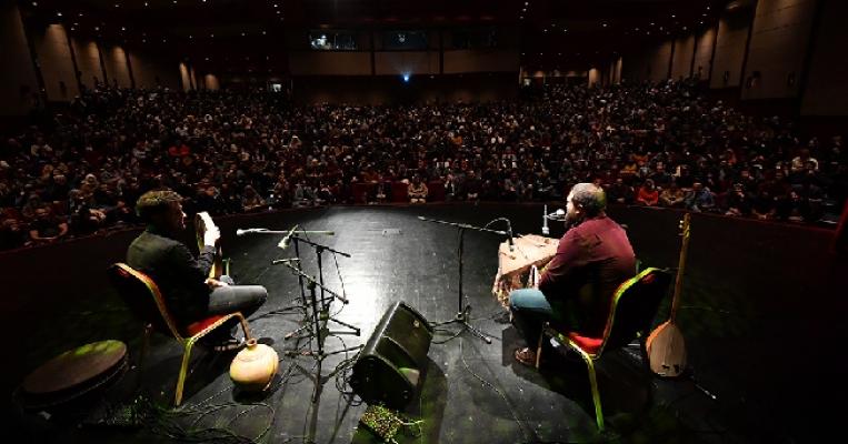 Sedat Anar Konseri Yoğun İlgi Gördü