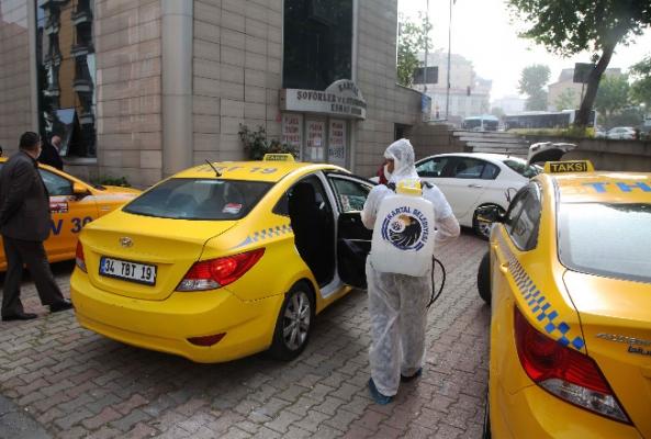 Kartal'da 1200 Taksi Dezenfekte Edildi