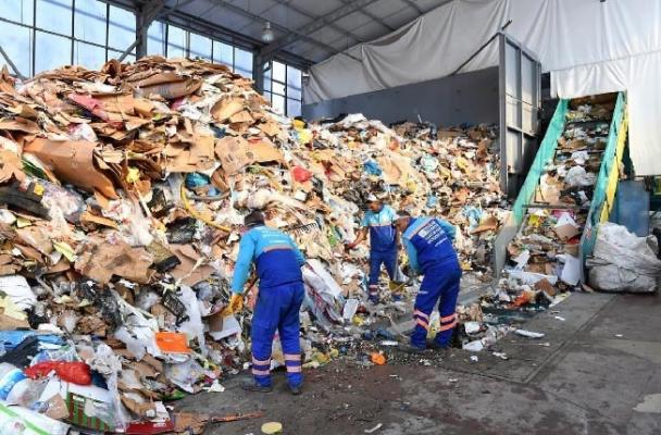 Çöpten İhtiyaç Sahiplerinin Yüzü Gülecek
