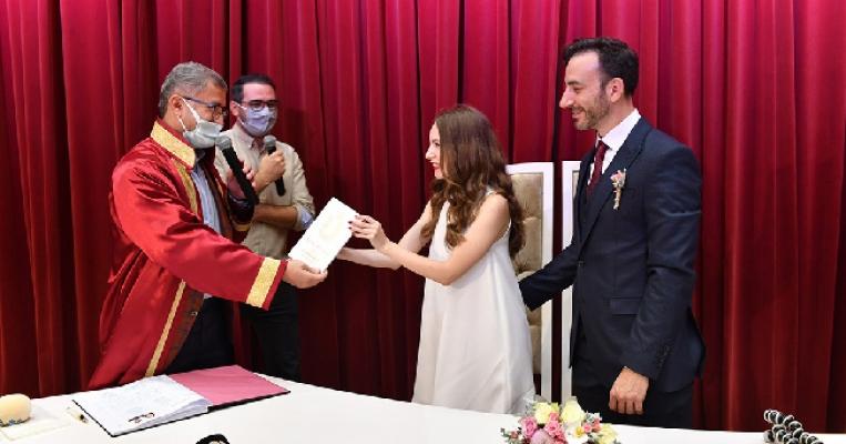 Yabancı Gelin ve Damat Üsküdar Belediyesi'nde Evet Dedi