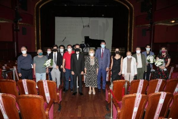 """Süreyya Operası Beste Yarışması'nın Kazananları """"Piyanolu Üçlüler"""" Albümünde Bir Araya Geldi"""
