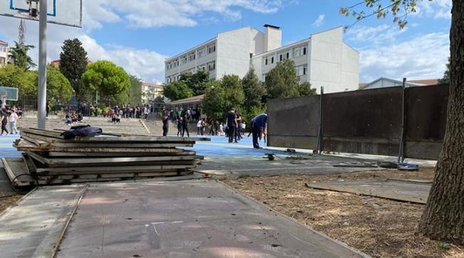 Okul bahçesine inşaat ne iş!?