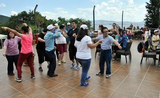 Engelliler Büyükada Sosyal Tesisleri'nde Doyasıya Eğlendi