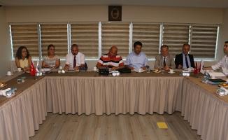 Kartal Belediyesi yönetimi Başkan Altınok Öz'ün öncülüğünde toplandı